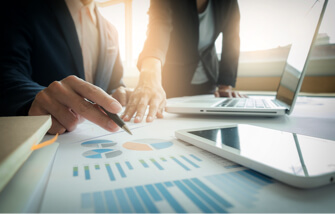 Business Valuation in Toronto – Beyond the Financial Statements